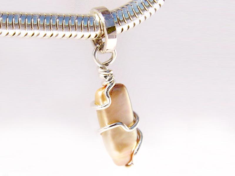 sb3674-bedels-bead-beads-zilver-hanger-parel-handgemaakt-bedelarmband-armband-bedelketting-edelsmid-goudsmid-www.tonvandenhout.nl-roermond-juwelier-edelsmeden-origineel