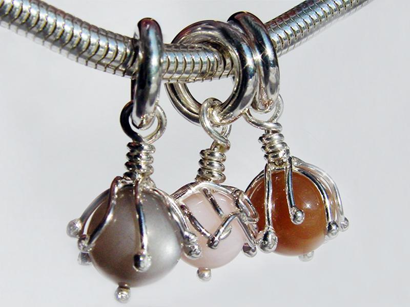 sb3775-beads-bead-bedels-bedelketting-bedelarmband-armband-zilver-hanger-ketting-steen-handgemaakt-maansteen-edelsmid-www.tonvandenhout.nl-goudsmid-juwelier-sieraden-uniek