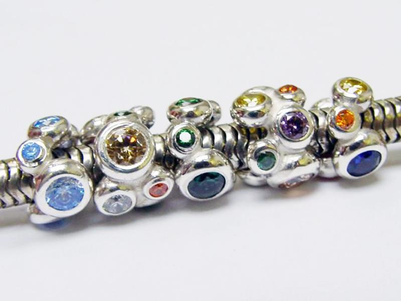 sb5395-bedels-beads-bead-bedelarmband-armband-zilver-ketting-bedelketting-hanger-edelsmid-handgemaakt-www.tonvandenhout.nl-goudsmid-juwelier-roermond-origineel-bijzonder