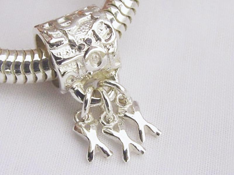 sb6121-kusje-kus-bead-beads-bedels-bedelarmband-hanger-zilver-handgemaakt-edelsmid-www.tonvandenhout.nl-goudsmid-armband-juwelier-origineel-bijzonder-kado-uniek-liefde