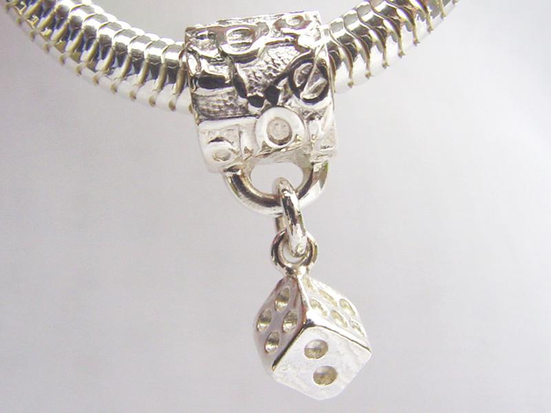 sb6124-beads-dobbelsteen-hanger-zilver-bead-bedels-sieraden-bedelarmband-armband-bedelketting-handgemaakt-edelsmid-www.tonvandenhout.nl-goudsmid-origineel-ketting-uniek
