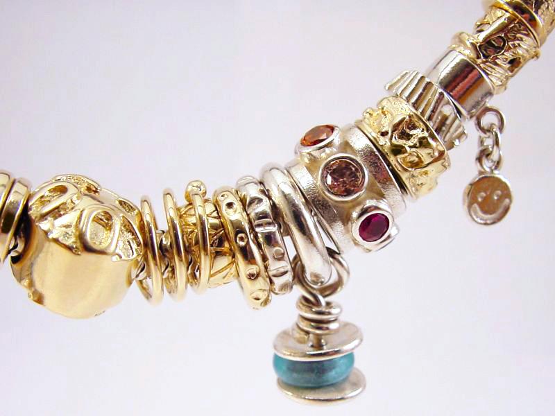 sb6363-bedels-beads-bead-bedelarmband-bicolor-zilver-goud-sieraden-edelsmid-goudsmid-www.tonvandenhout.nl-juwelier-smiley-roermond-armband-hanger-logo's-handgemaakt-uniek
