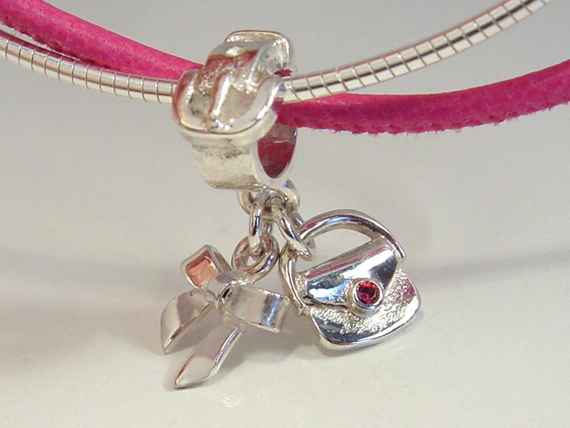 sb9938-zilver-beads-bead-bedels-fashion-sieraden-edelsmid-strikje-tasje-www.tonvandenhout.nl-goudsmid-zilver-handgemaakt-bijzonder-origineel-uniek-juwelier-hanger-bedelarmband