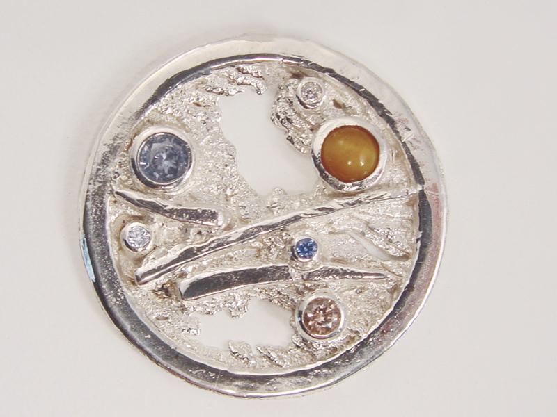 sr1327-roermuntje-steen-kleur-munt-zilver-roermond-edelsmid-blauw-roze-goudsmid-handgemaakt-www.tonvandenhout.nl-origineel-uniek-bijzonder-sieraden-hanger-persoonlijk-kado