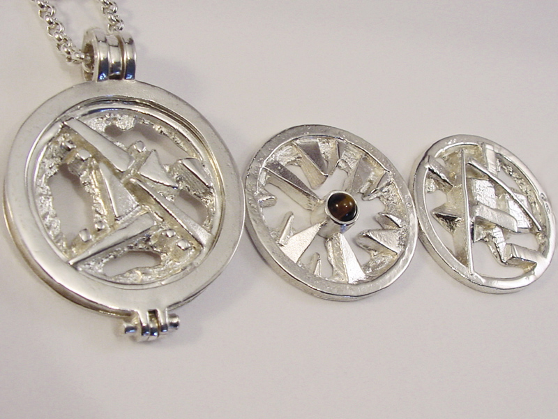sr1558-roermuntje-steen-bruin-munthouder-munt-zilver-tijgeroog-munthanger-handgemaakt-edelsmid-www.tonvandenhout.nl-goudsmid-sieraden-origineel-bijzonder-roermond-uniek