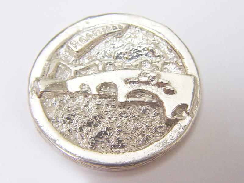 sr1653-steenen-brug-roermuntje-zilver-munt-roermond-relatiegeschenk-handgemaakt-maria-theresia-edelsmid-www.tonvandenhout.nl-logo's-herinnering-bijzonder-origineel-uniek