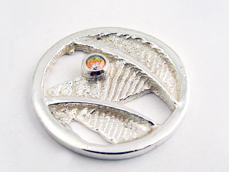 sr1743-fantasie-roermuntje-steen-zilver-munt-handgemaakt-sieraden-herinnering-edelsmid-www.tonvandenhout.nl-goudsmid-origineel-bijzonder-uniek-roermond-hanger-cadeau-kado