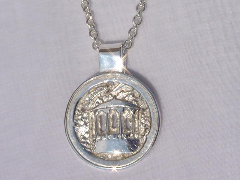 sr239-roermuntje-kiosk-roermond-zilver-ketting-hanger-edelsmid-www.tonvandenhout.nl-goudsmid-handgemaakt-origineel-logo's-jubilaris-relatiegeschenk-kado-bijzonder-sieraden