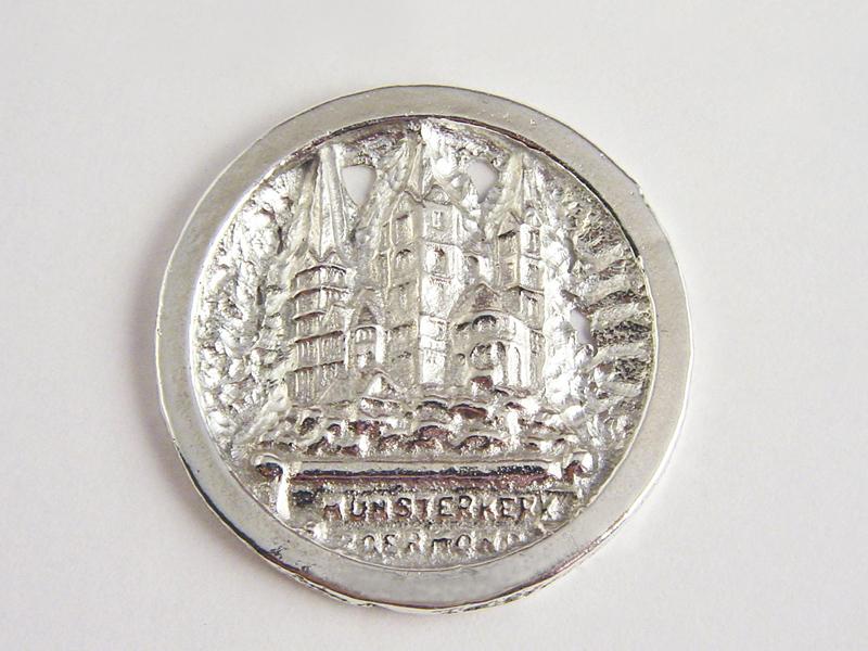 sr7437-roermuntje-munsterkerk-zilver-munt-kerk-logo-logo's-relatiegeschenk-roermond-jubileum-jubilaris-sieraden-edelsmid-goudsmid-www.tonvandenhout.nl-juwelier-herinnering-hanger
