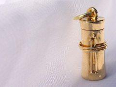 sg2555-hanger-as-askoker-gedenksieraden-assieraad-sieraden-handgemaakt-edelsmid-www.tonvandenhout.nl-edelsmeden-kruis-herinnering-goud-goudsmid-origineel