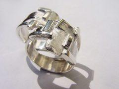 sg5478-vingerafdruk-herinneringssieraad-gedenksieraden-gedenken-herinnering-edelsmid-handgemaakt-edelsmeden-www.tonvandenhout.nl-sieraden-origineel-ring-ringen-zilver-trouwringen