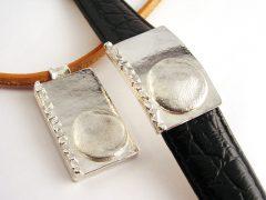 sg6873-vingerafdruk-hanger-handgemaakt-armband-gedenken-gedenksieraden-herinneringssieraden-edelsmid-www.tonvandenhout.nl-zilver-sieraden-herinnering