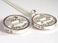 sg7007-roermuntje-zilver-trouwmunt-munt-handgemaakt-edelsmid-edelsmeden-www.tonvandenhout.nl-relatiegeschenk-logo-logo's-munthanger-handschrift-gravure-tekst-jubileum-sieraden
