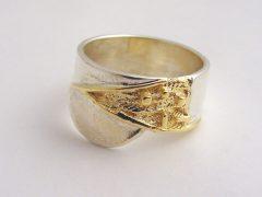sg8506-ring-bicolor-vingerafdruk-vingerafdruksieraad-aandenken-gedenken-gedenksieraden-rouw-sieraden-edelsmid-www.tonvandenhout.nl-edelsmeden-goud-zilver-handgemaakt-uniek