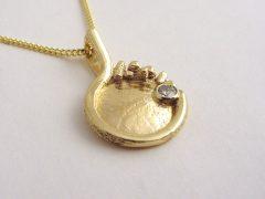 sg8515-hanger-briljant-vingerafdruk-gedenken-sieraden-juwelier-gedenksieraden-vingerafdruksieraden-edelsmid-herinnering-www.tonvandenhout.nl-aandenken-goud-uniek