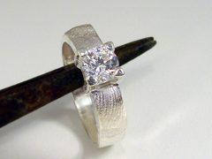 sg9070-ring-zilver-briljant-gedenken-herinnering-vingerafdruk-handgemaakt-origineel-bijzonder-uniek-sieraden-edelsmid-www.tonvandenhout.nl-sieraad-goudsmid-juwelier-ringen