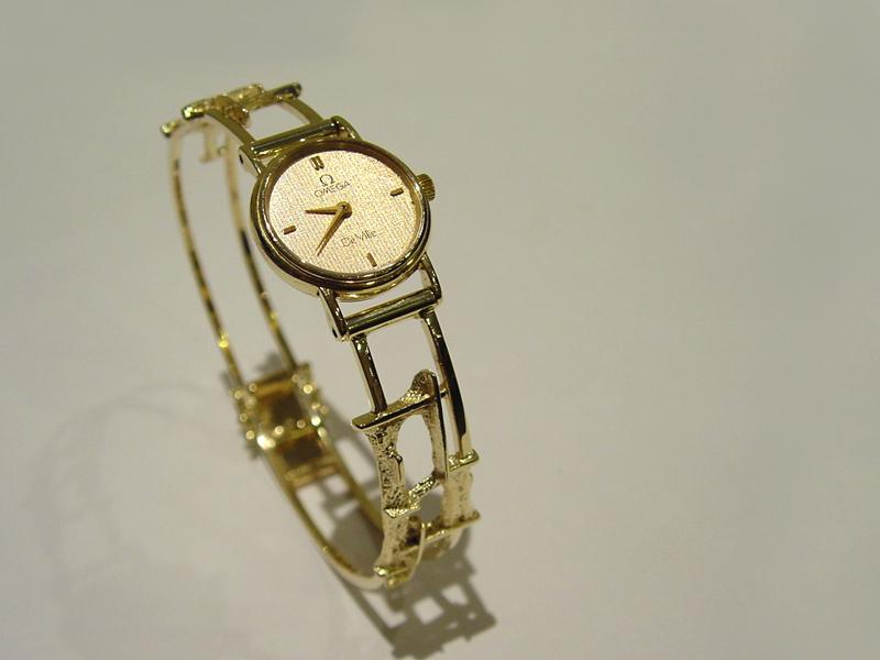 sh5244-horloge-horloges-uurwerk-quartz-sieraden-goud-band-armband-handgemaakt-origineel-bijzonder-uniek-edelsmid-www.tonvandenhout.nl-goudsmid-horlogeband-roermond-dames