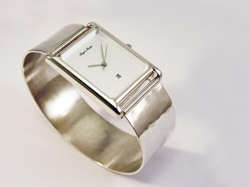 sh6460-horloge-zilver-edelsmid-edelsmeden-www.tonvandenhout.nl-handgemaakt-band-gesmeed-horloges-uurwerk-armband-goudsmid-uniek-quartz-sieraden-band-origineel-bijzonder