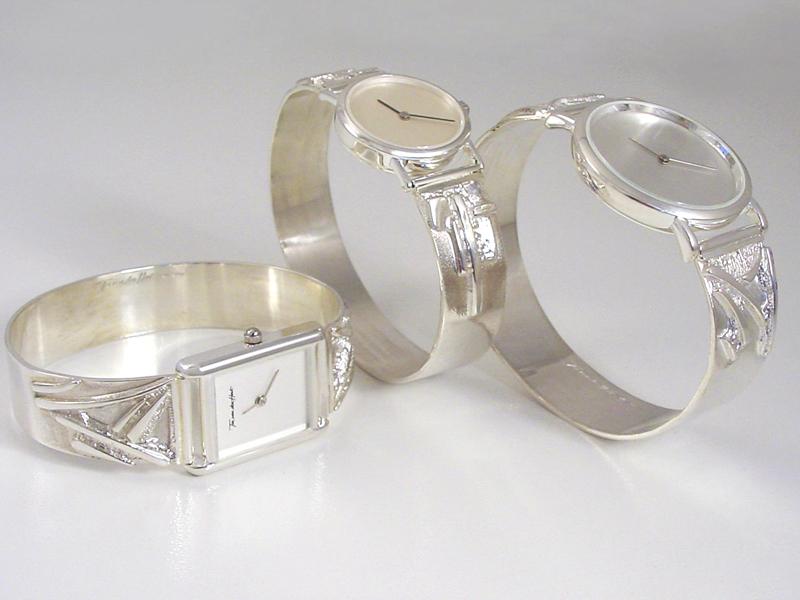sh8827-horloge-horloges-uurwerk-zilver-horlogeband-armband-handgemaakt-edelsmid-www.tonvandenhout.nl-goudsmid-juwelier-roermond-sieraden-origineel-bijzonder-uniek-sieraad