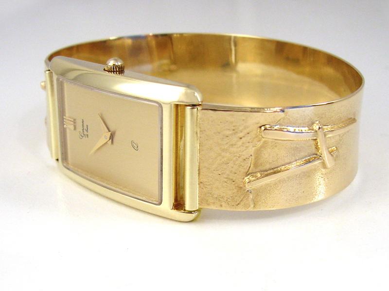 sh8830-horloge-horloges-uurwerk-sieraden-band-handgemaakt-edelsmid-www.tonvandenhout.nl-goudsmid-juwelier-quartz-bijzonder-goud-origineel-uniek-armband-edelsmeden-roermond