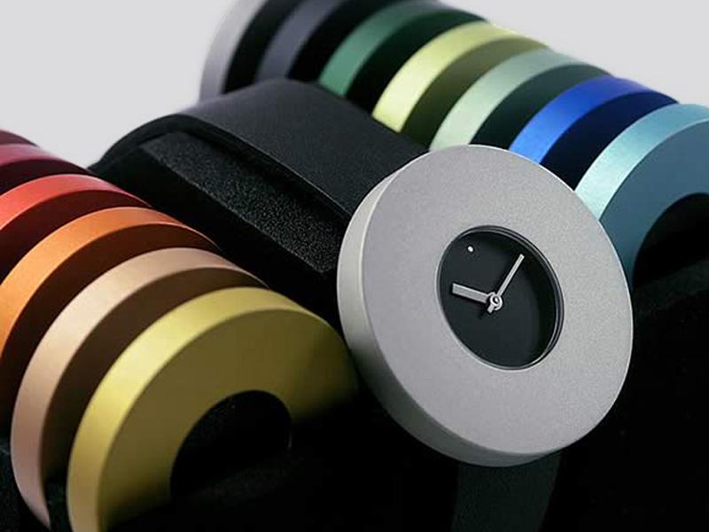 sh9290-halo-pierre-junod-horloge-horloges-uurwerk-swiss-edelsmid-www.tonvandenhout.nl-goudsmid-juwelier-roermond-kleur-ringen-verwisselbaar-band-leer-pj-vignelli-quartz-origineel