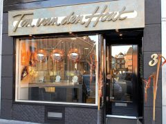 sl3-edelsmid-roermond-www.tonvandenhout.nl-edelsmeden-markt-vandenhout-ton-hout-goudsmid-sieraden-handgemaakt-bijzonder-origineel-relatiegeschenk-logo's-ontwerp-herinneren