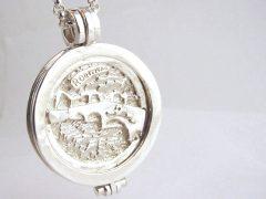 sl6593-zilver-munt-munthanger-roermuntje-roermond-handgemaakt-brug-stenen-edelsmid-www.tonvandenhout.nl-logo-logo's-relatiegeschenk-bedrijfslogo-origineel-ontwerp-maatwerk