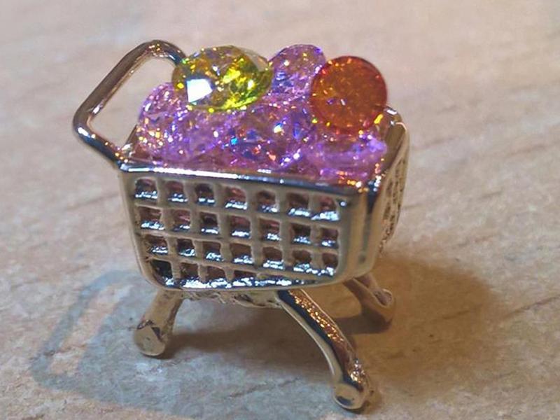 ssp2346-shoppen-winkelen-steen-winkelwagentje-goud-specials-handgemaakt-edelsmid-www.tonvandenhout.nl-origineel-bijzonder-uniek-bedels-hanger-bead-roermond-bedelarmband