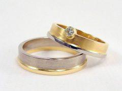 str104-trouwring-goud-edelsmid-trouwringen-handgemaakt-edelsmeden-www.tonvandenhout.nl-bicolor-witgoud-briljant-sieraden-origineel-diamant-bijzonder-uniek