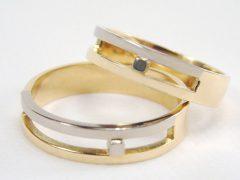 str183-bicolor-witgoud-goud-trouwring-edelsmid-goudsmid-www.tonvandenhout.nl-handgemaakt-sieraden-geelgoud-juwelier-roermond