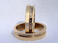 str37-edelsmid-trouwringen-handgemaakt-edelsmeden-www.tonvandenhout.nl-bicolor-witgoud-goud-goudsmid-sieraden-bijzonder-roermond
