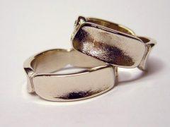 str53-edelsmid-trouwringen-handgemaakt-edelsmeden-www.tonvandenhout.nl-witgoud-goud-goudsmid-origineel-bijzonder-uniek-juwelier
