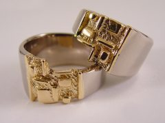 str5725-trouwring-goud-ring-witgoud-bicolor-geelgoud-inelkaarpassend-edelsmid-edelsmeden-www.tonvandenhout.nl-roermond-bijzonder