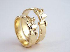 str6670-edelsmid-trouwringen-handgemaakt-edelsmeden-www.tonvandenhout.nl-goud-sieraden-origineel-bijzonder-goudsmid