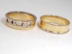 str9224-trouwringen-bicolor-briljant-origineel-witgoud-geelgoud-www.tonvandenhout.nl-edelsmid-handgemaakt-sieraden-goud-juwelier