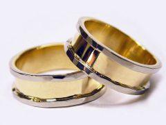 str93-bicolor-trouwring-edelsmid-www.tonvandenhout.nl-goudsmid-bijzonder-handgemaakt-witgoud-geelgoud-goud-juwelier-roermond