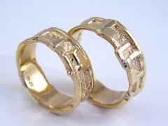 str9880-trouwringen-goud-edelsmid-www.tonvandenhout.nl-goudsmid-origineel-handgemaakt-sieraden-juwelier-roermond-bijzonder