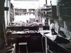 sre2410-atelier-werkplaats-ambacht-edelsmid-goudsmid-repareren-reparatie-roermond-www.tonvandenhout.nl-edelsmeden-vandenhout-werkbank-sieraden-sieraad-handwerk-handgemaakt