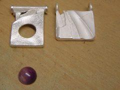 sre5757-zilver-hanger-handgemaakt-steen-paars-amethist-edelsmid-goudsmid-sieraden-origineel-uniek-atelier-roermond-werkplaats-sieraad-repareren-reparatie-www.tonvandenhout.nl-smid