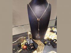 ssm1212-collier-hanger-y-goud-ketting-handgemaakt-edelsmid-www.tonvandenhout.nl-goudsmid-roermond-sieraden-sieraad-atelier-origineel-bijzonder-uniek-juwelier-edelsmeden