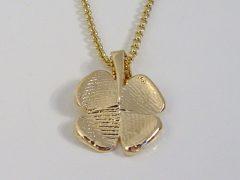 sg73-klavertje-goud-hanger-vingerafdruk-gedenken-edelsmid-goudsmid-handgemaakt-herinnering-aandenken-www.tonvandenhout.nl-juwelier-sieraad-uniek-origineel-bloem-vier-bedel-4-geluk