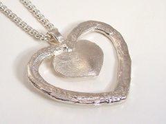sg9297-gedenken-hart-as-vingerafdruk-hanger-zilver-ashanger-edelsmid-www.tonvandenhout.nl-uniek-handwerk-goudsmid-juwelier-sieraad-ketting-hartje-origineel-sieraden-liefde-ontwerp