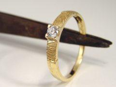 sg1143-gedenken-ring-goud-briljant-2-vingerafdrukken-vingerafdruk-edelsmid-solitair-herinnering-www.tonvandenhout.nl-aandenken-juwelier-goudsmid-handgemaakt-atelier-gedenk-sieraad