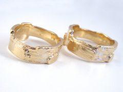 str9086-goud-trouwringen-edelsmid-www.tonvandenhout.nl-goudsmid-juwelier-handgemaakt-origineel-trauringe-hochzeit-ring-sieraden-sieraad-uniek-ringen-trouwen-huwelijk-smid-atelier