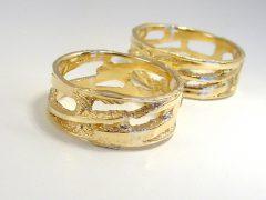 str9200-goud-breed-trouwring-edelsmid-www.tonvandenhout.nl-goudsmid-juwelier-trouwringen-edelsmeden-handgemaakt-uniek-origineel-bijzonder-open-roermond-kopen-atelier-ring-ringen