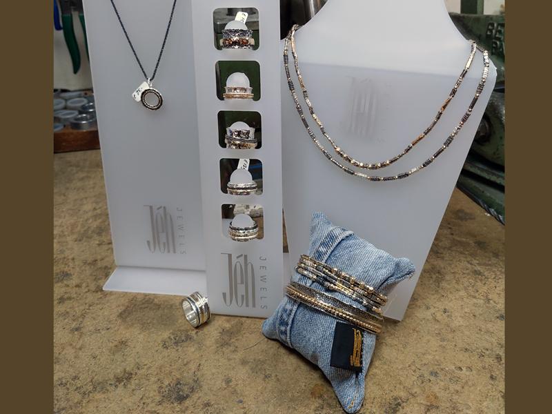 sn14591-jeh-sieraad-sieraden-zilver-goud-ambacht-edelsmid-goudsmid-juwelier-stijlvol-uniek-handgemaakt-www.tonvandenhout (1)